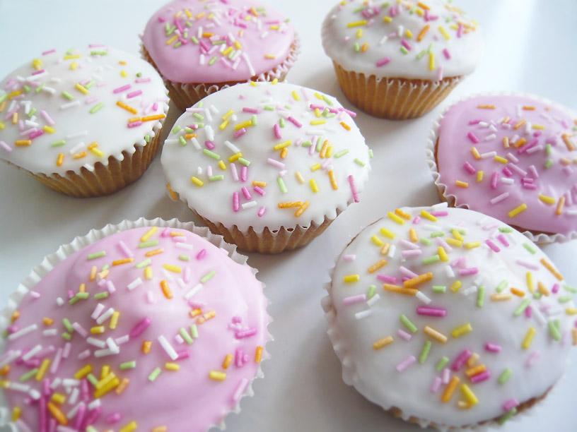 Fluffy Fairy Cakes