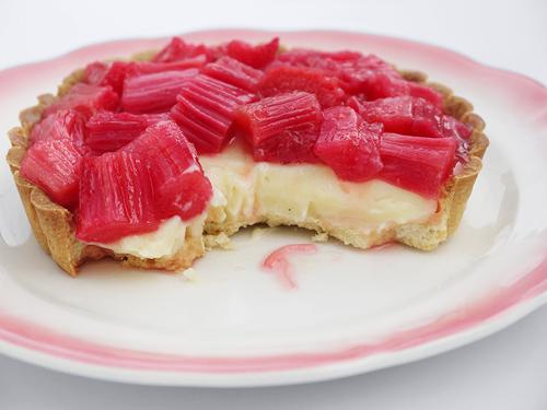 rhubarb_tarts_1